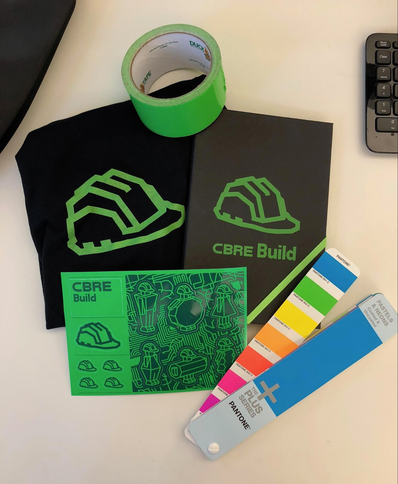 CBRE Build品牌啟動全新的LOGO和視覺VI形象-深圳VI設計7